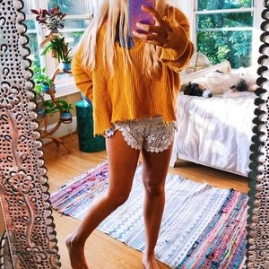 Distressed Autumn Mustard Yellow Cozy Sweater 🌈